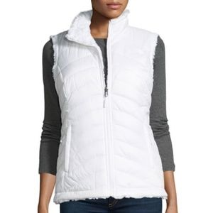 The North Face Reversible Vest White Fur Medium
